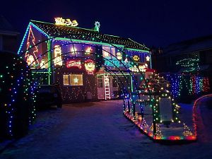 Picture of christmas lights house